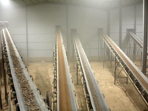 河南许昌日产2000吨砂石料生产线现场视频  石灰石(青石)物料破碎制砂