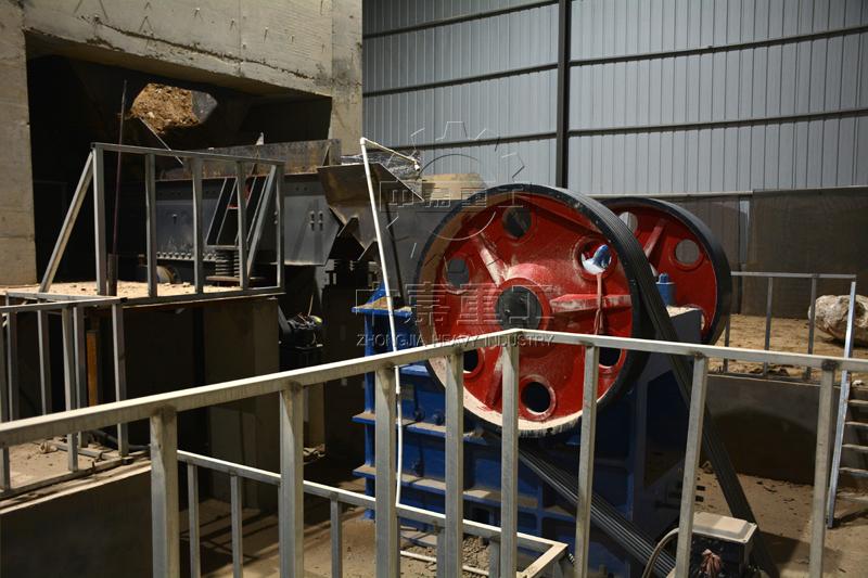 日产2000吨砂石料生产线现场图片2